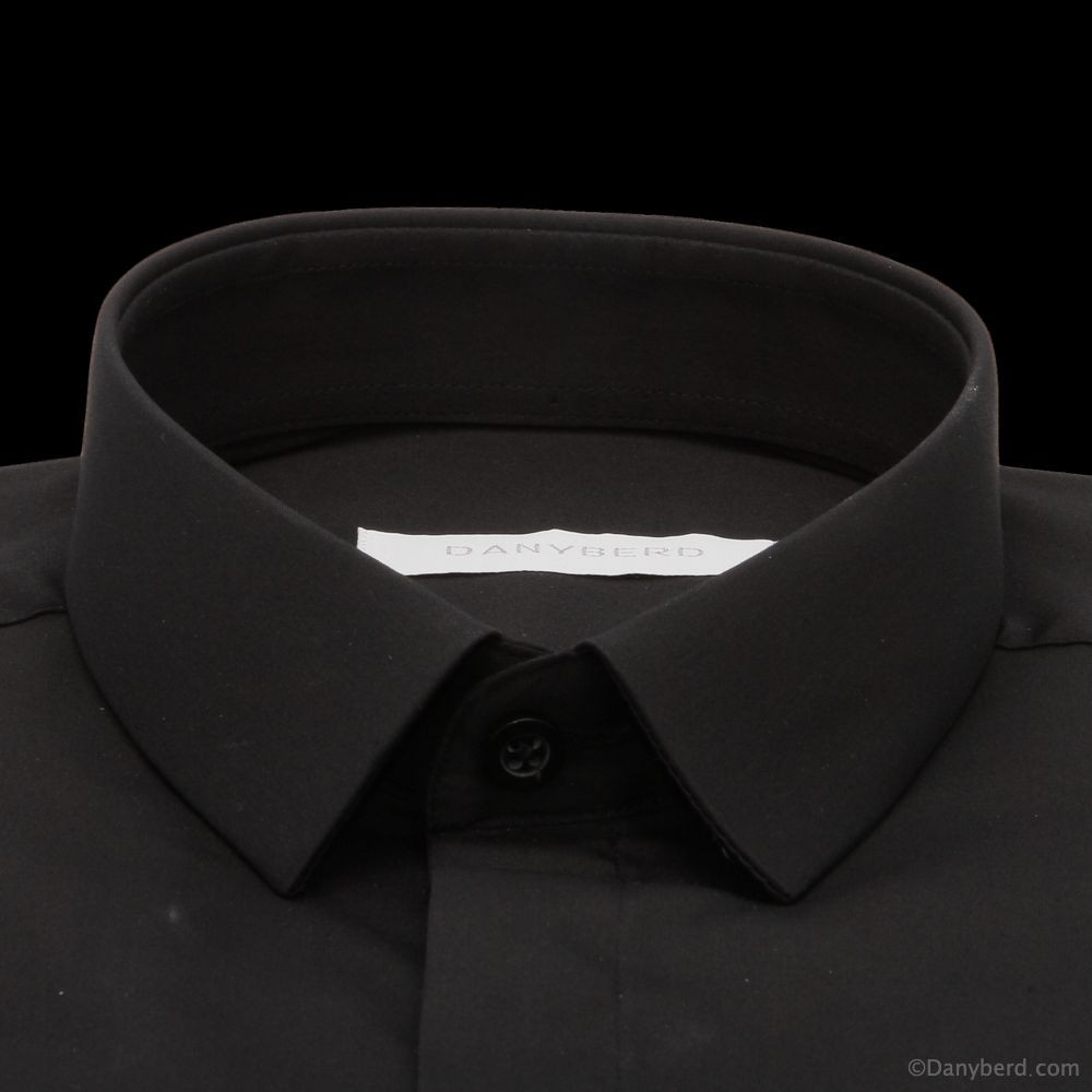 Chemise Roomy : Noire - Slim-Cut - Micro Col Cache-Boutons (chemises)