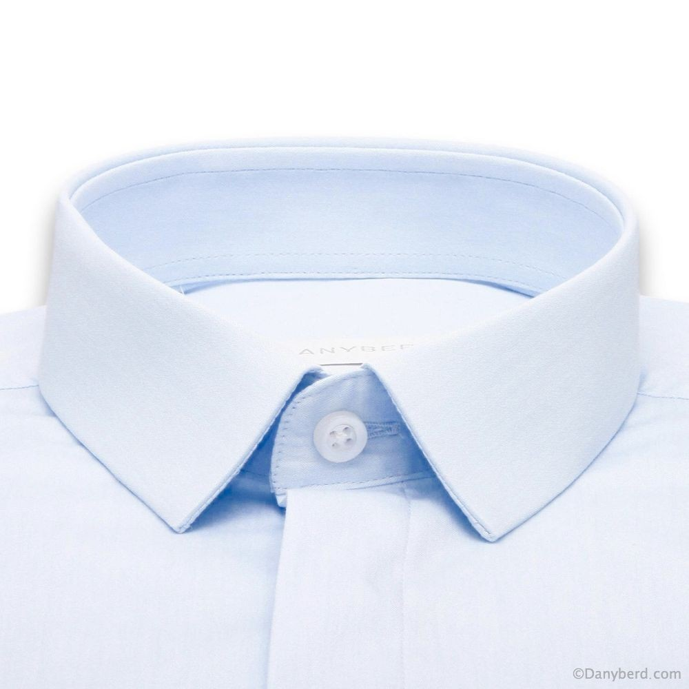 Chemise Roomy : Ciel - Slim-Cut - Micro col Cache-Boutons (chemise