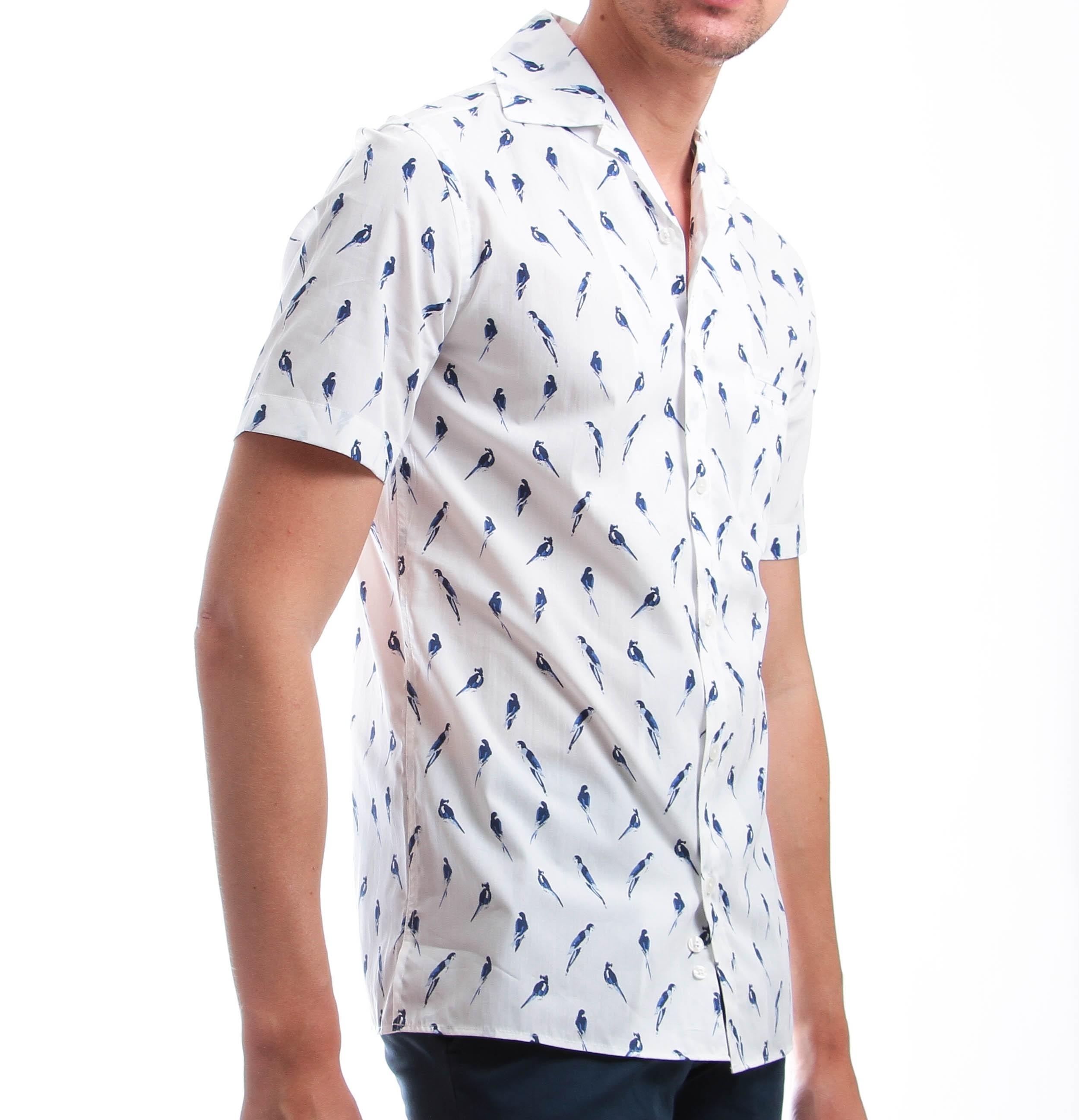 Chemise Summer : Manches courtes - Blanche à motif bleu - Col bowling