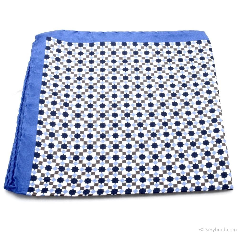 Pochette : Blanche - Motifs Bleus