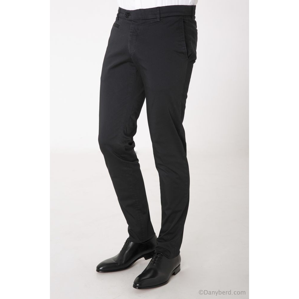 Chino Homme couleur Noir Danyberd 2