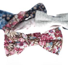 Nœud Papillon : Motifs de fleurs roses et ciel